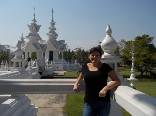 white-temple-grounds